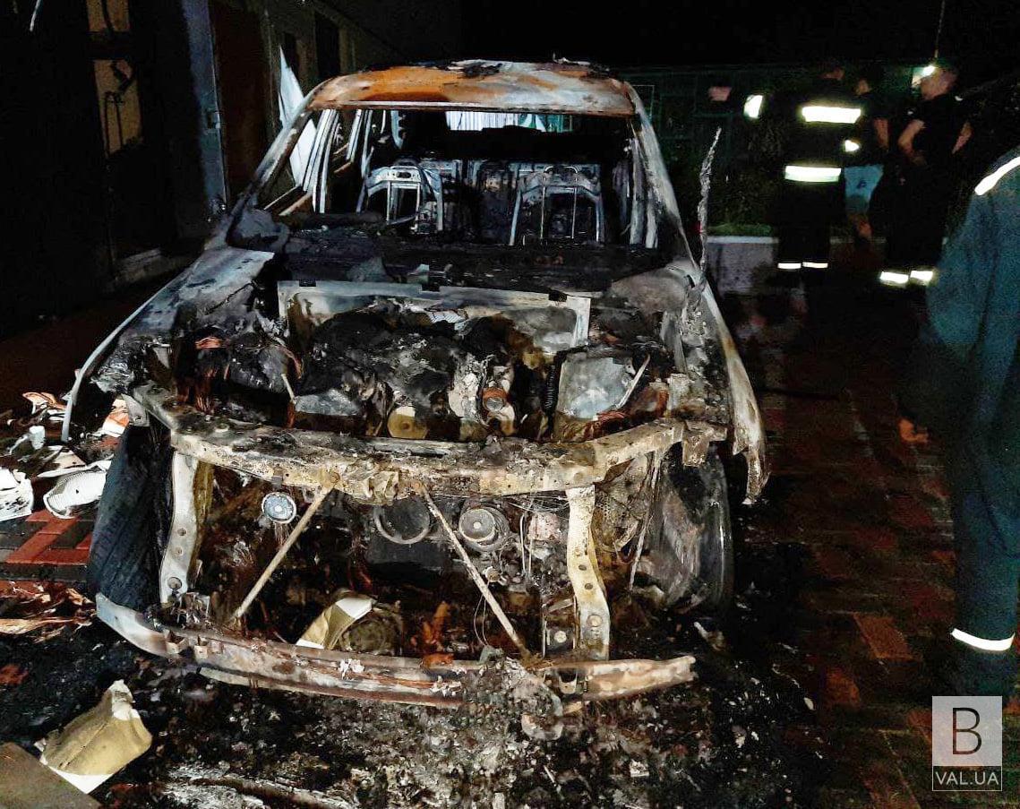 Поліція затримала чоловіка, причетного до підпалу автівки депутата обласної ради в Ічні
