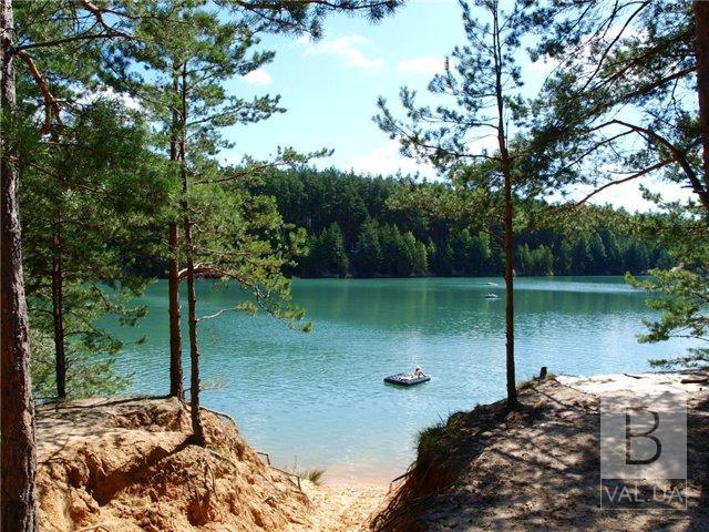 Небезпеки не становить: чернігівські фахівці перевірили воду з Голубих озер