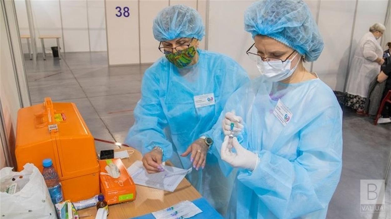 Де у Чернігові цього тижня працюватимуть центри масової вакцинації: адреси, вакцини, графік