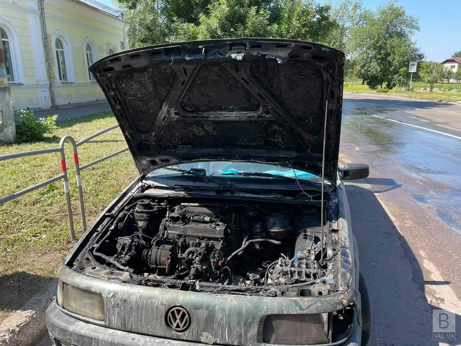 У Ніжині горів «Volkswagen Passat»