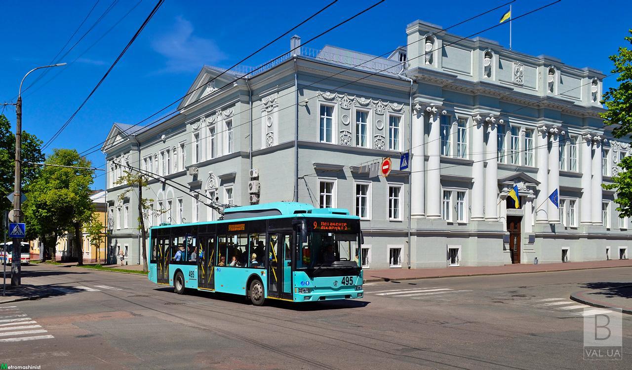 З 21 серпня у тролейбусах Чернігова лунатимуть українські шлягери часів незалежності