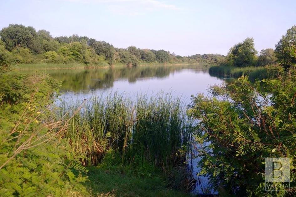 На Чернігівщині з озера врятували 71-річного чоловіка. Він в реанімації
