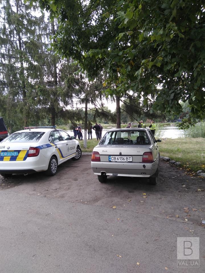 Водолази знайшли тіло чоловіка, який потонув у річці Бистриця в Бобровиці