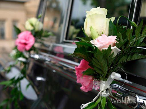 У Ніжині автівка з весільного кортежу кілька разів спричиняла затор у центрі міста