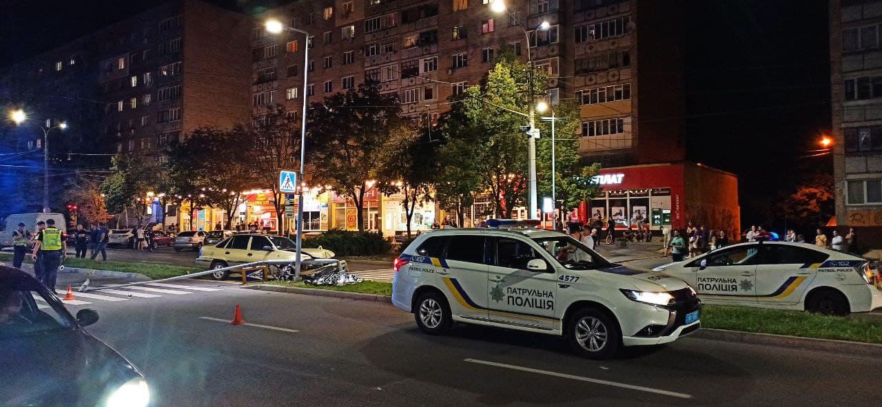 У Чернігові шукають свідків смертельної ДТП, в якій загинув майор поліції