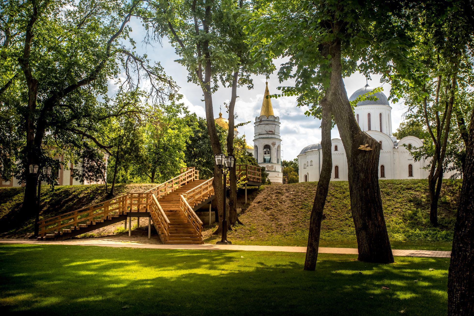 Другий місяць поспіль: «Чернігів стародавній» встановив рекорд за кількістю екскурсій у серпні