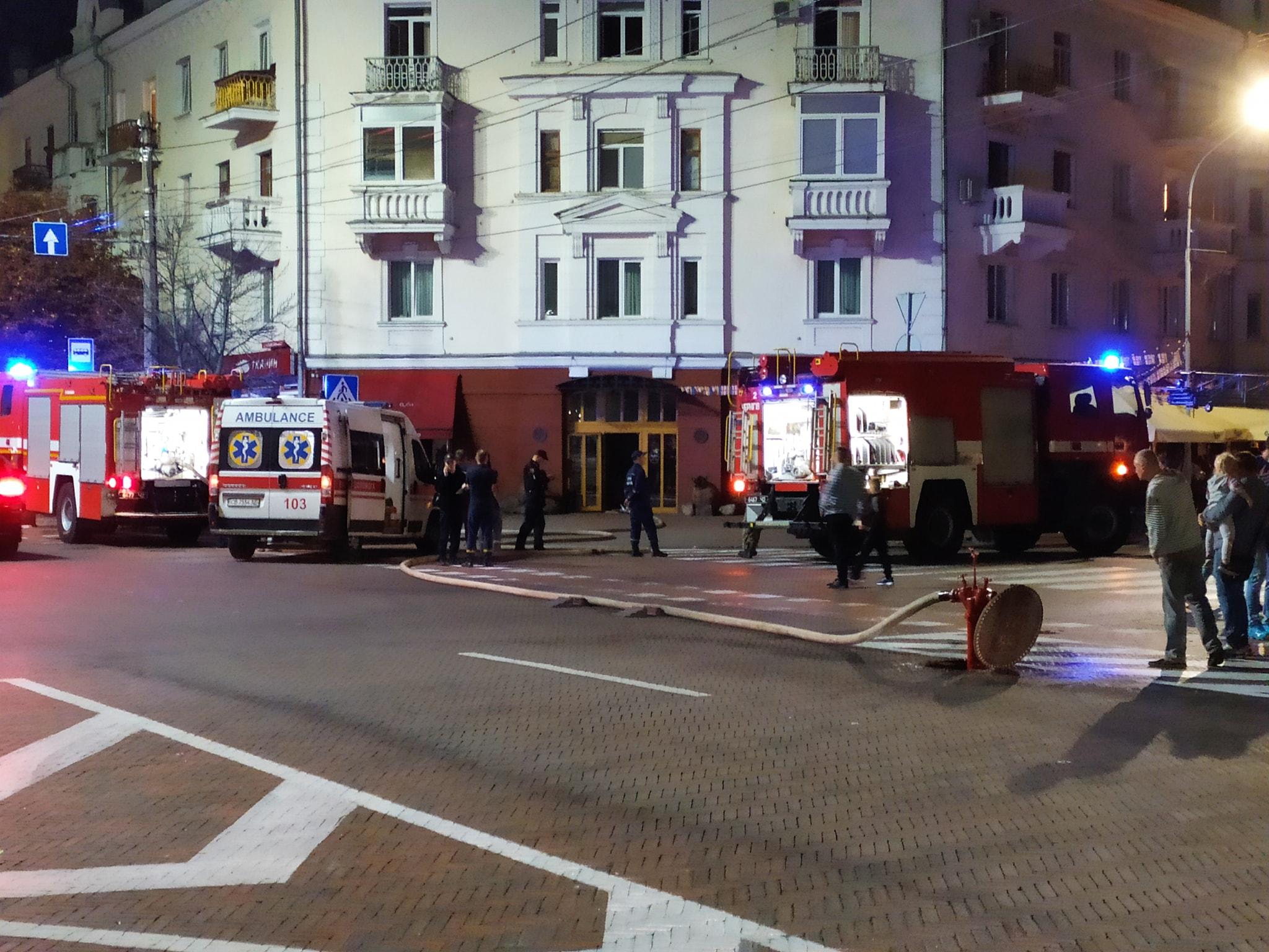 Внаслідок пожежі в чернігівському ресторані травмувався 18-річний хлопець