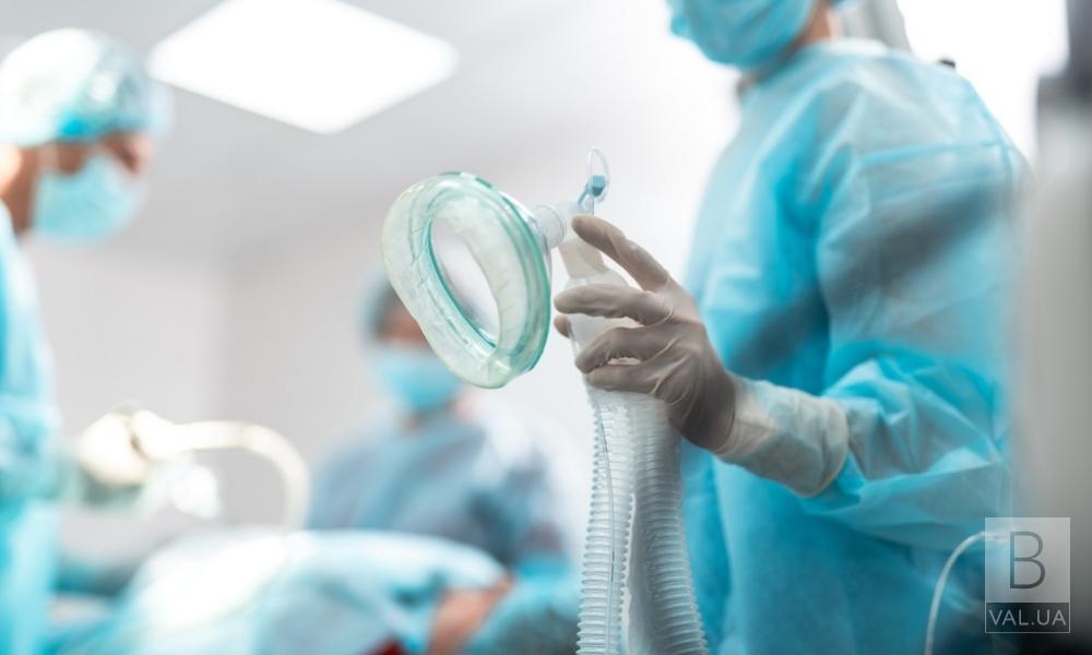 У Чернігові зі 118 хворих, госпіталізованих у «ковідне» відділення, тільки один вакцинований