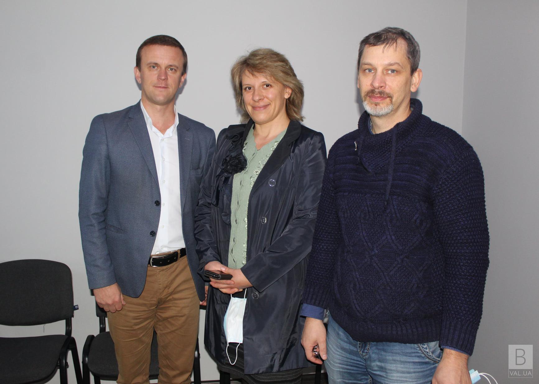Міська рада на Чернігівщині придбала великий будинок для подружжя медиків