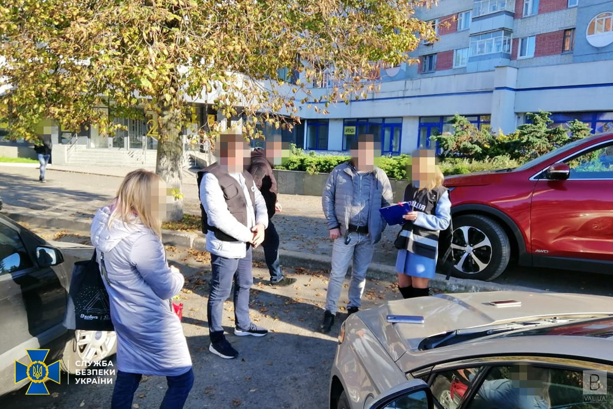 ПЛР-тест за 500 гривень, COVID-сертифікат – 1500: двоє чернігівців видавали фальшиві довідки. ФОТО