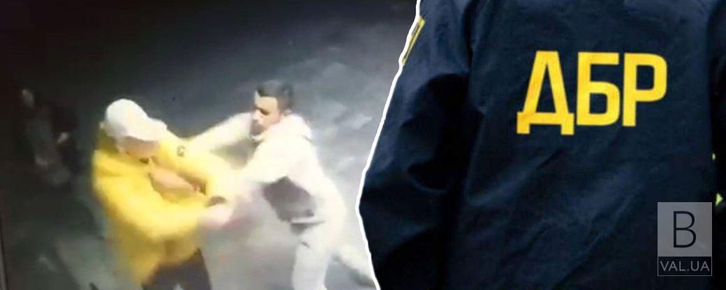 5 викликів поліції, виїзд трьох екіпажів: ДБР перевіряє дії патрульних в ніч вбивства Артура Єрохіна