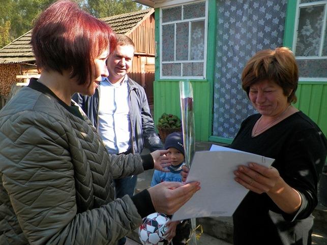 Прийомні родини Корюківщини вітали з Днем усиновлення. ФОТО