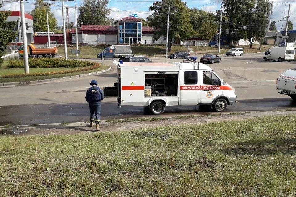 На перехресті вулиць Любецька та Громадська знайшли 156 артилерійських снарядів. ФОТО