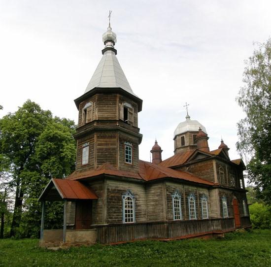 Невідома Чернігівщина: унікальна дерев'яна Покровська церква у Ларинівці. ФОТО