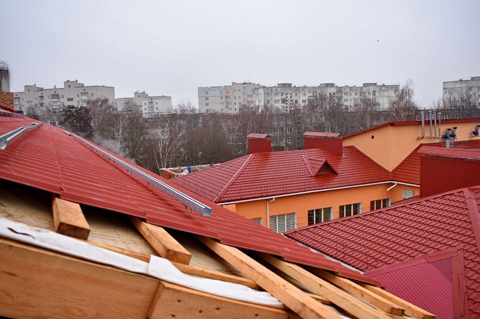 У Чернігові триває реконструкція будівель Центру «Відродження». ФОТО