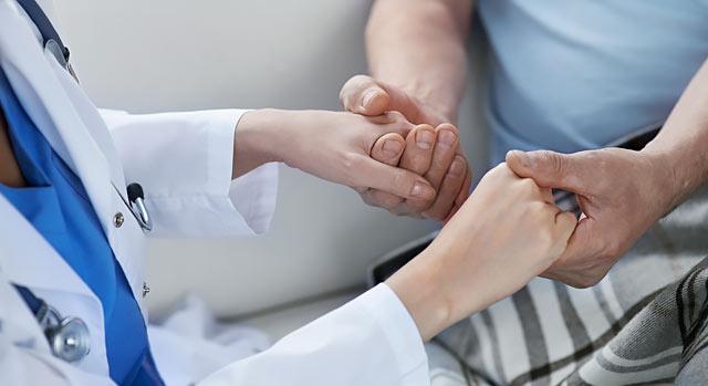 Україна скоро зможе лікувати важкохворих не за кордоном, а вдома