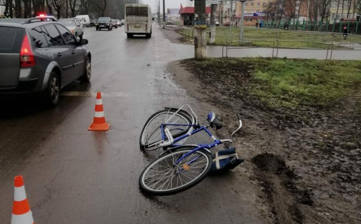 У Ніжині велосипедист загинув під колесами Toyota. ФОТО