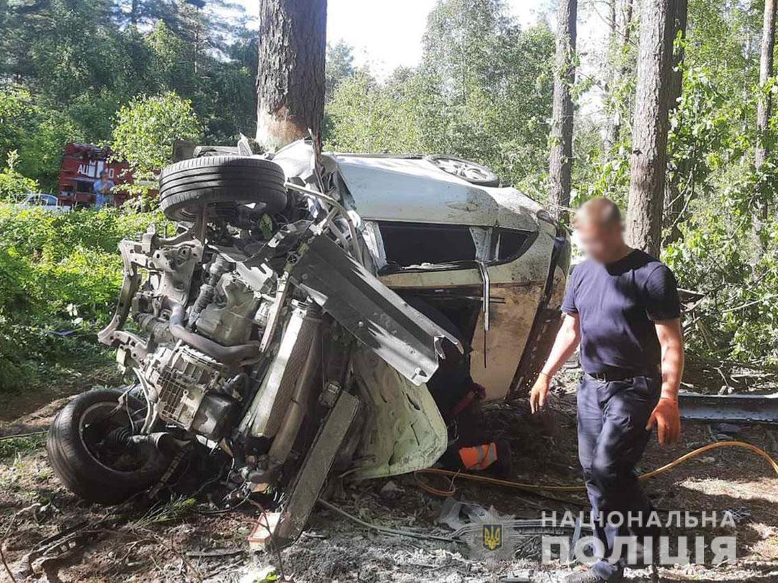У моторошній ДТП на Чернігівщині загинули обидва водії. ФОТО