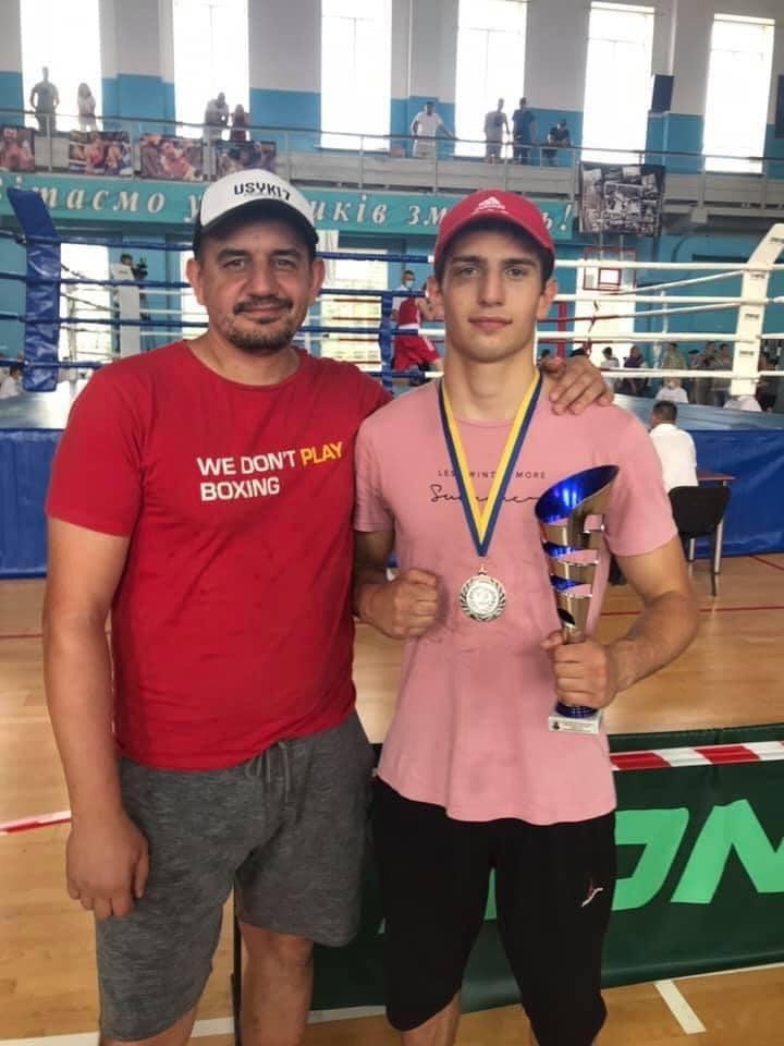 «Срібло» та «бронзу» вибороли боксери Чернігівщина на всеукраїнському турнірі
