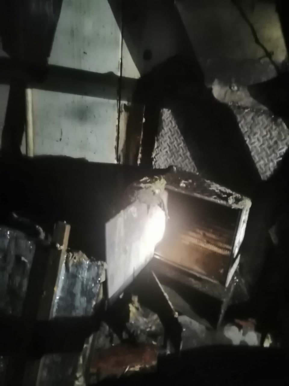 У Чернігові горіла лазня на березі Десни. ФОТО