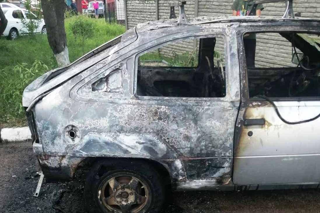 У Прилуках згорів «Opel Kadett». Причина - підпал