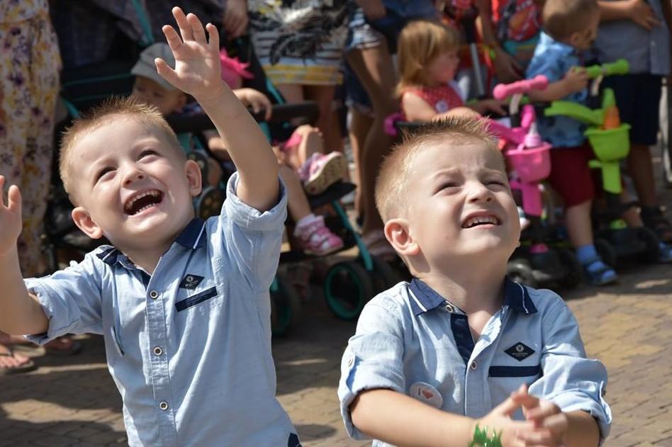 Уже вчетверте: у Чернігові пройде фестиваль близнюків CheTwinsFest2021