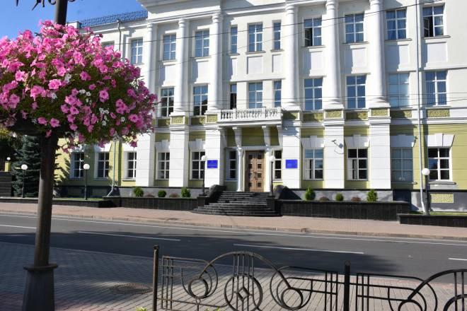 У Чернігові депутати підтримали встановлення меморіальної дошки з барельєфом колишнього міського голови Василя Хижнякова