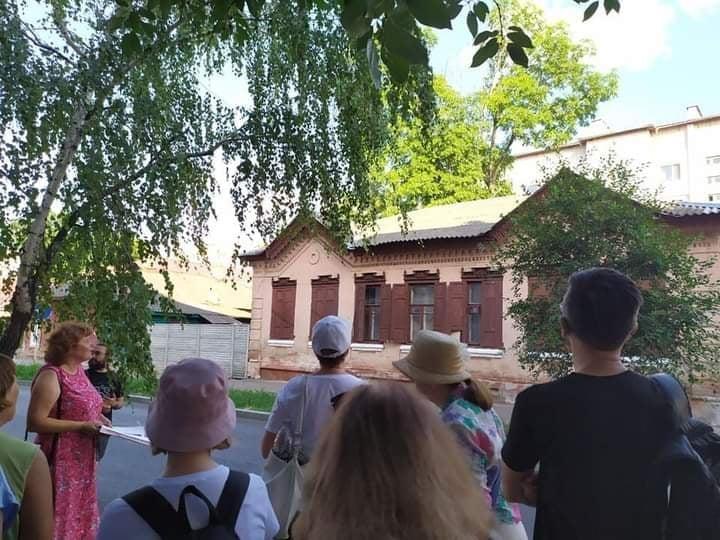 Містян запрошують на прогулянку-екскурсію «Дерев'яна казка чернігівських вулиць»
