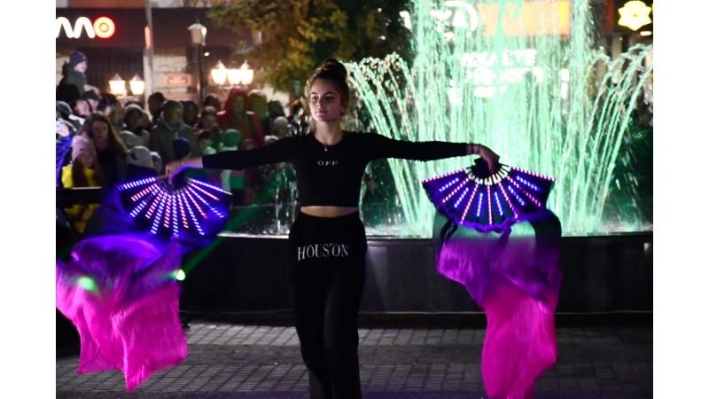 За 3,8 мільйона: у Ніжині відкрили другий світлодинамічний фонтан